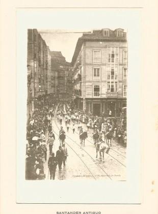 10 - Calle de Atarazanas - desfile del Batallón infantil de Úsares