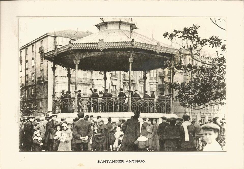 108 - Jardines de Pereda. Templete
