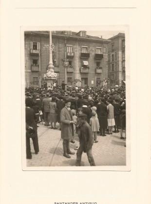 12 - Avenida de Alfonso XIII (Farolas) - Manifestación 1º de Mayo
