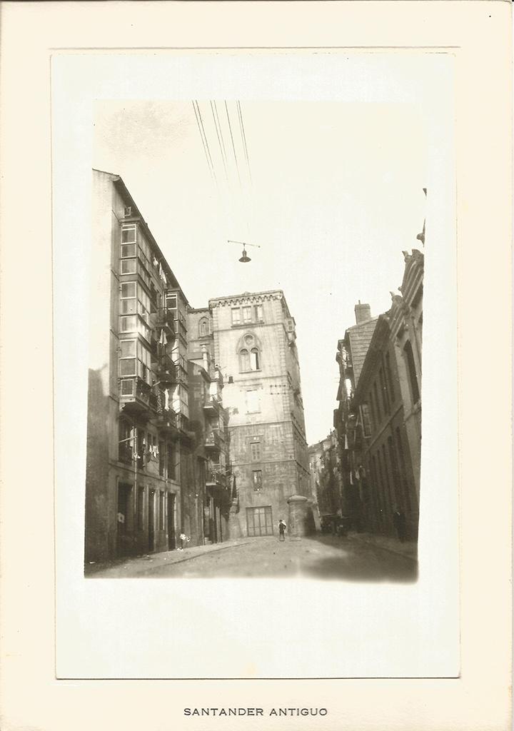 122 - Calle Cádiz. Palacio del Obispo