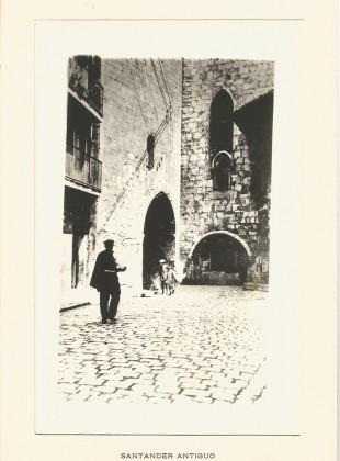 Rua Mayor. Arco de la Catedral