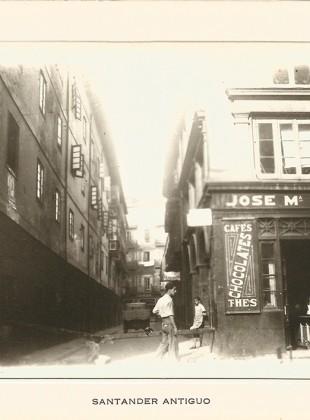 16 - Calle de Colón