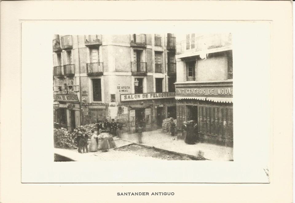 24 - Calle Atarazanas, entrada a Colón - Barricadas