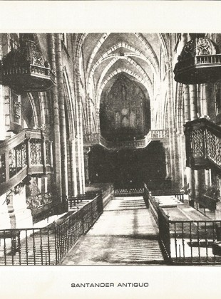 55 - Interior de la Catedral. Nave central y órgano