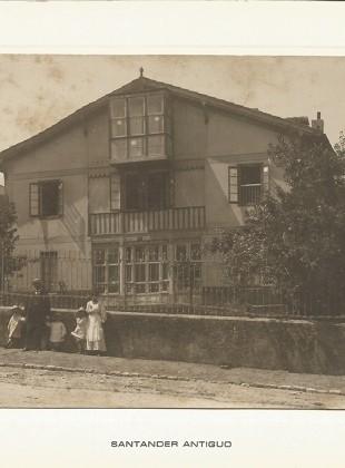 77 - Sardinero. Chalet Villa Saturnina