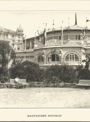 83 - Jardines de Pereda. Sala de espectáculos y exposiciones.